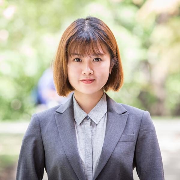 Headshot of Ni Zhuang