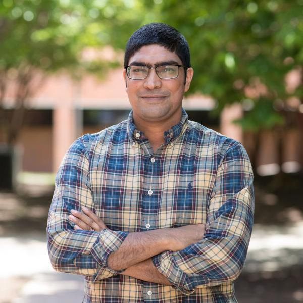Headshot of Benjamin Lobo